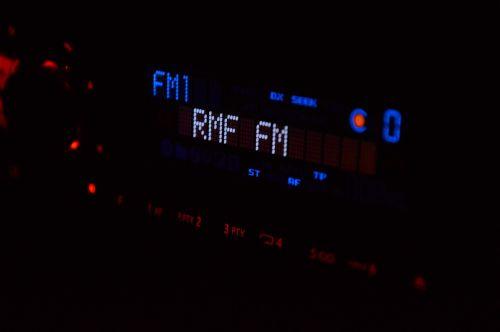 radijo studija,radijas,rmf,studija,žiniasklaida,technologija,garsas,transliuoti,garsas,muzika,komunikacija,stotis,transliavimas,įrašymas,pramogos,įrašų studija,radijo stotis,įranga,muzikinis,profesionalus,įrašyti,garsiakalbis,fm,maišytuvas,muzikos studija,stereo,Rodyti,apimtis,interviu,perduoti,muzikantas,akustinė,klausytis