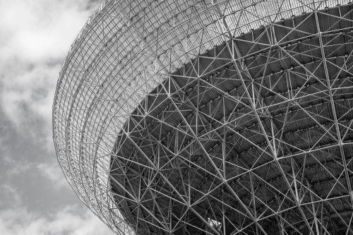 radijo teleskopas, effelsberg, juoda ir balta, struktūra, architektūra, eifel, teleskopas, erdvė, antena, tyrimai, astronomija, gautas, didelis teleskopas, klausytis, technologija, max planck institutas, mokslas, blogas münstereifel, paraboliniai veidrodžiai