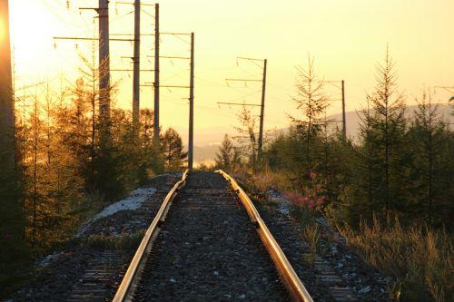 geležinkelis,saulėtekis,kelias,Siberija,Rusija,labai graži,taiga,rytas