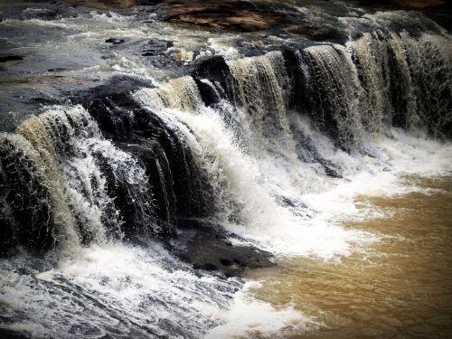 lietus,miškas,parkas,yai,Tailandas,Khao,kalnas,vaivorykštė,iškylai,kao,didelis,lauke,medis,nuotykis,akmuo,urvas,natūralus,žalias,upė,kelionė,Rokas,phuket,heo,pattaya,khaoyai,aukštis,srautas,vasara,Bangkokas,tauta,Sumer,Unesco,krioklys,haewnarok,kritimas,atsipalaiduoti,purkšti,grožis,suwat,turizmas,sodrus,augalai,judėjimas,gražus,vanduo,gamta,nematomas,ozonas,kraštovaizdis,oksigenas