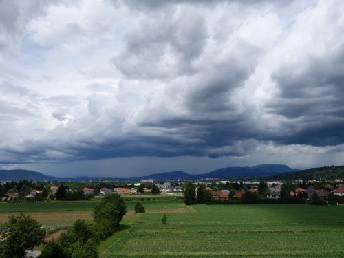 lietaus priekis,lietaus debesys,lietus,dangus,niūrus,debesė nuotaika,lietingas oras,audra,Blogas oras,sniegas,oras krito,debesys,oras,nuotaika,vaizdingas,Graz