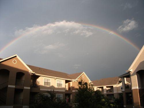 vaivorykštė,dangus,gamta,šviesa,spalvinga,vaivorykštinis dangus,pavasaris,mėlynos dangaus debesys,lauke,vaizdingas,viltis,mėlynas dangus