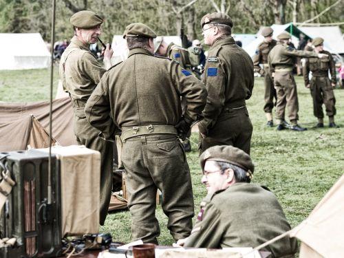 pakartotiniai veiksmai,Groningenas,išlaisvinimas,antrasis pasaulinis karas,kanadiečiai,sąjungininkai,5 d.