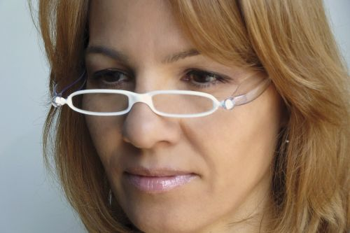skaitymo akiniai,akiniai,paruošti skaitytojai,skaitymas,akiniai,akiniai,skaityti,regėjimas,akiniai,Knygos skaitymas,mielas,akys,mada,Saunus,dizaineris,žmonės,balti akiniai,suaugęs,stilingas