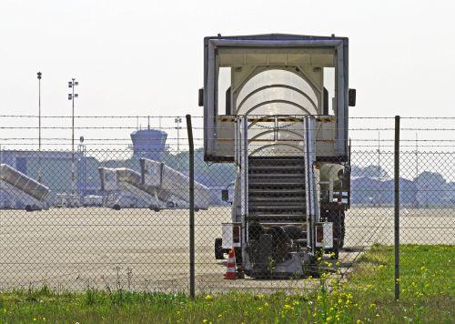 regioninis oro uostas,pirmenybė,eismas,išjungė,bokštas,eismas ramus,fmo