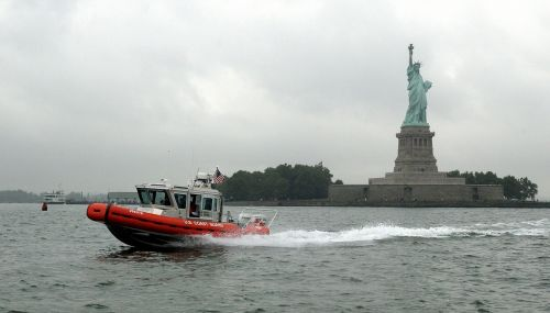 reakcijos valtis, įgula, vanduo, greitai, laisvės statula, sala, greitis, gelbėjimas, manevras, jūrų, eik greitai, Skubus atvėjis, pakrantės apsauga, pagalba, mokymas, misija