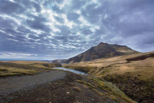 upė,iceland,kraštovaizdis,kraštovaizdžio vanduo,žalias,dangus,debesys,Rokas,kalnas