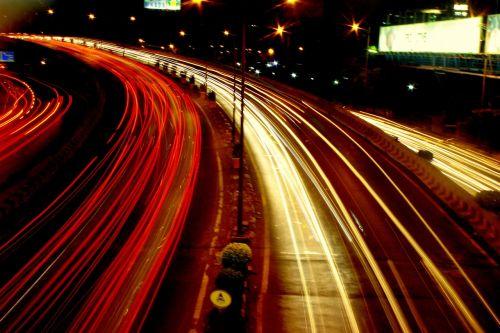kelias,eismas,žibintai,automobiliai,galiniai žibintai,priekiniai žibintai,greitis,ilga ekspozicija,gabenimas,naktis,gatvė,Indija