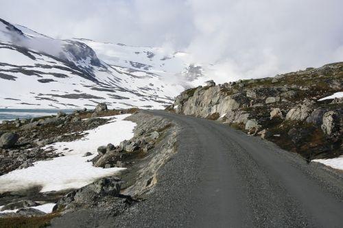 kelias,sniegas,Norvegija,kraštovaizdis,žiema,šaltas,kelionė,gamta,kalnas,šaltas oras,balta,sezonas