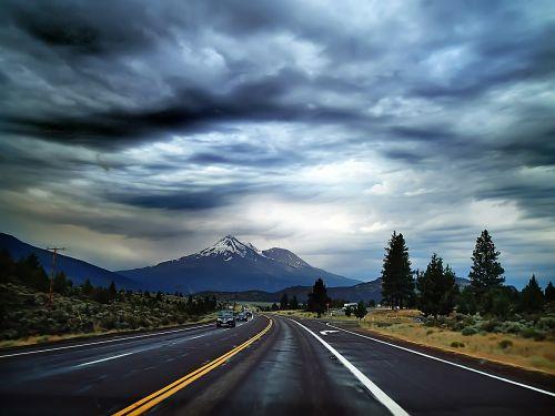 kelionė,kelionė,kelionė,kelias,vairuoti,greitkelis,dangus,kelionė,vasara,kraštovaizdis,gamta,transportas