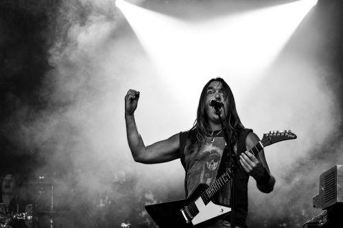 Rokas,muzika,rokenrolas,gitara,dainininkai,koncertas,gyvi pasirodymai,muzikantai,Švedijos,Alternatyvus rokas,hard rock