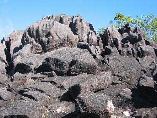 Rokas,uolos,išplauta,erozija,uolienos formacijos,seišeliai