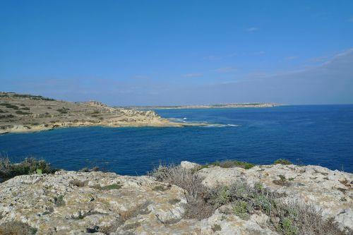 Rokas,paul sala,Paula sala,apaštalo Paulius,laivo avarija,krikščionybė,uolingas,Karg,malta,sala,Viduržemio jūros,kelionė,kranto,gamta,vanduo,kraštovaizdis,jūra