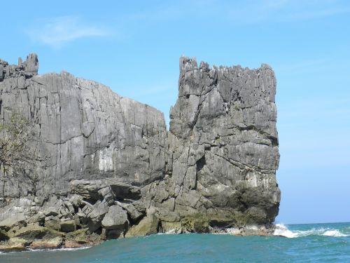 Rokas,jūra,akmuo,naršyti,banga,akmenys,vanduo,peizažas,kraštovaizdis