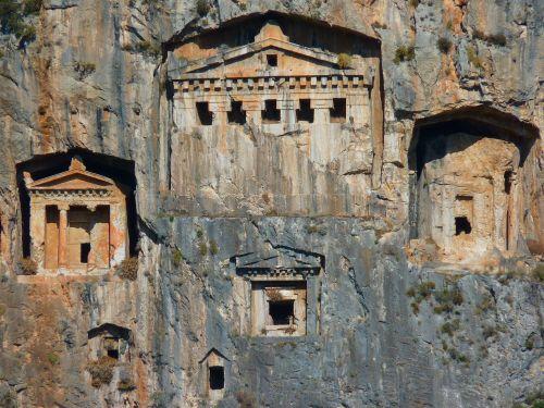 roko kapai,urvų pastatai,Rokas,istoriškai,kariškių uolienų kapai,dalyan,Turkija,kultūros objektai,senovė,kaunos,griuvėsiai