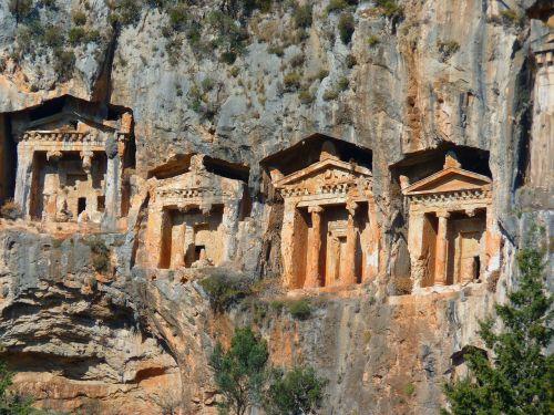 roko kapai,šventykla,stulpelis,urvų pastatai,Rokas,istoriškai,kariškių uolienų kapai,dalyan,Turkija,kultūros objektai,senovė,kaunos,griuvėsiai