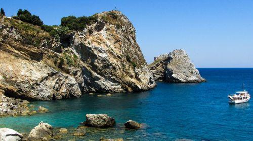 uolos pakrantė,uolos,jūra,kranto,sala,valtis,gamta,Graikija,slidinėjimas,kastro,geomorfologija,Rokas,pakrantė,kraštovaizdis,Viduržemio jūros