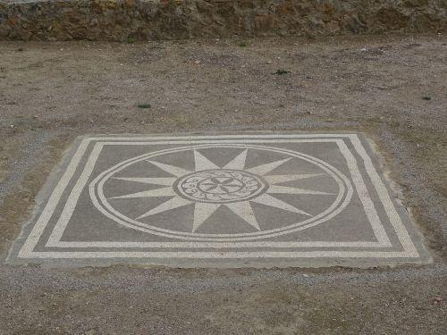 romėnų mozaika, mozaika, ampulių griuvėsiai, romėnų griuvėsiai, romėnų, empúries, be honoraro mokesčio