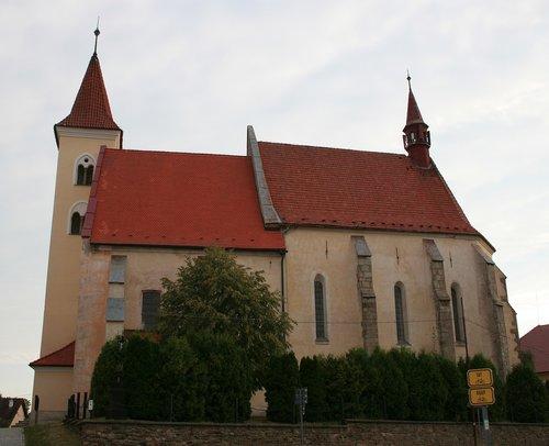 romaninis, bažnyčia, Čekija, kaimas, Katalikų, Romos katalikų, paveldas, bokštas, medis