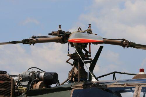 sraigtasparnis, aluette & nbsp, iii, mentės, rotorius, tekinimas, Pietų & nbsp, Afrikos & nbsp, oro & nbsp, jėgos & nbsp, muziejus, paveldas, rotoriaus mentės ir pavarų dėžės aluette 3