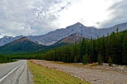 maršrutas,kalnai,greitkelis,greitkelis,gabenimas,kraštovaizdis,lauke,gamta,kelionė,transportas,kaimas,peizažas,vairuoti,dykuma,uolos,Kanada