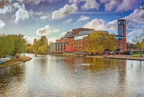 rsc theatre,stratford upon avon,karališkasis,Šekspyras,bendrovė,dramos,Anglija,architektūra,atlikti,teatras,upė,Avon,Warwickshire,šekspyras,orientyras,Anglų