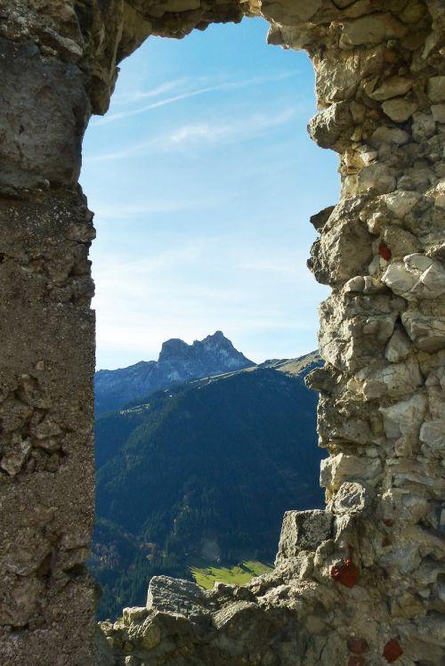 sugadinti falkenstein,falkenstein,žiūrėdamas,Agenstein,Breitenbergas,pfronten,tvirtovė,sugadinti,pilis falkenstein,aukštas vidutinis amžius,pilies griuvėsiai,bavarija,ostallgäu,Allgäu,senas plytinis mūras,klinčių siena