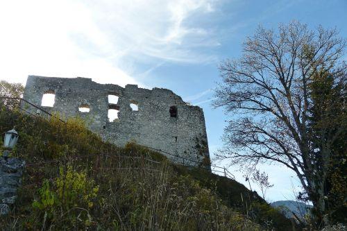 sugadinti falkenstein,falkenstein,aukščiausia pilis Vokietijoje,1268 m,pfronten,tvirtovė,sugadinti,pilis falkenstein,aukštas vidutinis amžius,pilies griuvėsiai,bavarija,ostallgäu,Allgäu,senas plytinis mūras,klinčių siena