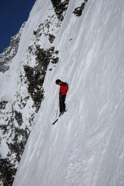 takas,kietas,labai,nuolydis,pavojingas,kritiškas,rizika,nuotykis,backcountry skiiing,slidinėjimas,slidininkas,slidinėjimo zona,arlberg,žiema,kalnai,kalnų viršūnės,žiemą