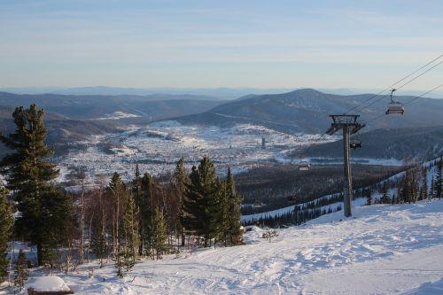 Rusija,kalnai,sheregesh,gamta,sniegas,turizmas,kraštovaizdis,kelionė,dangus,liftas,kurortas,atostogos,slidinėjimo kurortas
