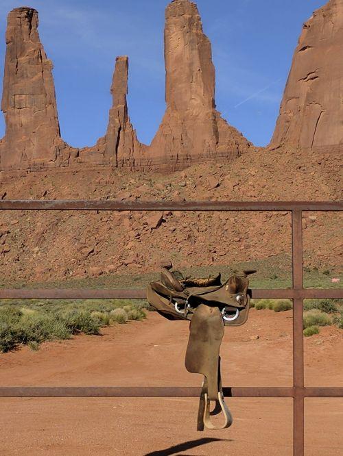 balnas, balneliai, arklys, arkliai, dykuma, Arizona, jodinėjimas, važiuoti, Jodinėjimas, žirgais, nardymas, arklys, tvora, kalnai, raudona, gamta, paminklas & nbsp, slėnis, trys seserys, balnas