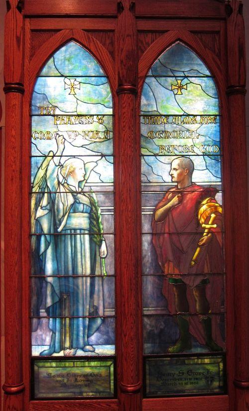 saint,kornelius,angelas,dažytos,stiklas,langai,Tiffany,studijos,meno kūriniai,Patinas,Moteris,vyras,moteris,senas,istorinis,simbolis,paminklas,bažnyčia,mozaika