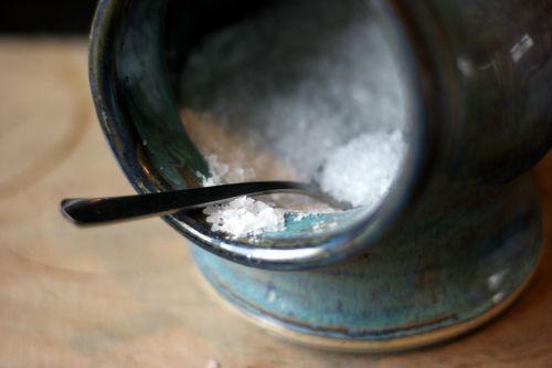 druska,šaukštas,virtuvė,maistas,keramika