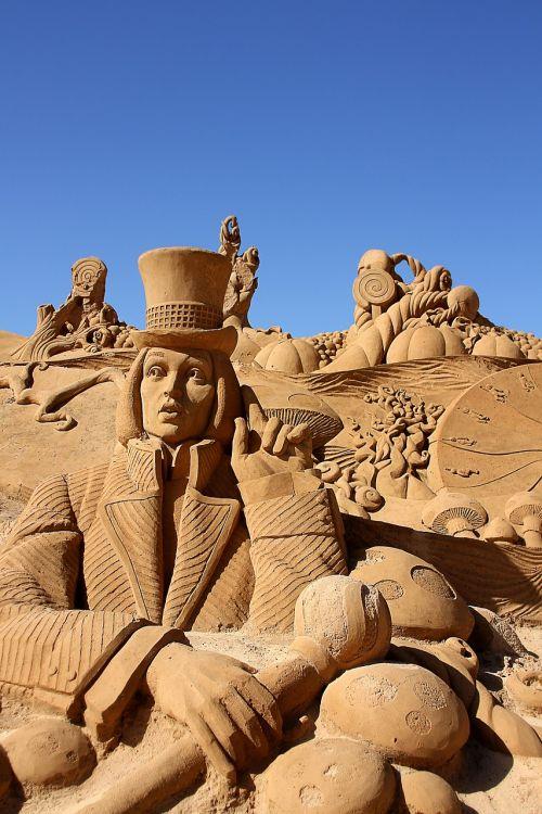 smėlis,smėlio skulptūra,meno kūriniai,pasakos smėlio skulptūra,skulptūra,Sandburgas,portugal,algarve,festivalis,juokinga,keista,menas