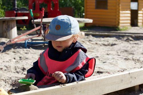 sandbox,vaikas,smėlis,berniukas,darželis,pushover,vaikystę,žaisti smėlyje