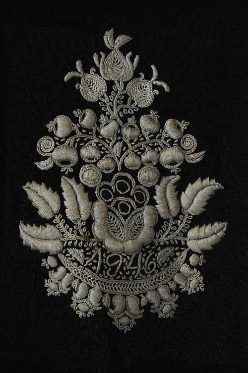 sárközi,liaudies,pavyzdys,vengrų kalba,ornamentas,motyvas,siuvinėjimas,liaudies menas,juoda,apdaila,tradicinis,gėlė,liaudies motyvas,gėlių