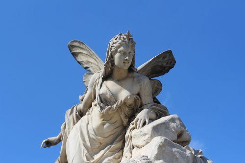 skulptūra,statula,akmens fėja,akmuo,fėja,dangus,mėlynas fonas,vienna,senas