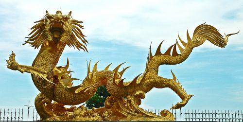 skulptūra,drakonai,auksinis,Tailandas