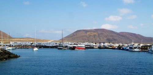 jūra,gamta,laivas,įlanka,akmenys,dangus,kraštovaizdis,dangus,kalnai,vanduo,debesys,atostogos,švyturys,peizažas,Ispanija