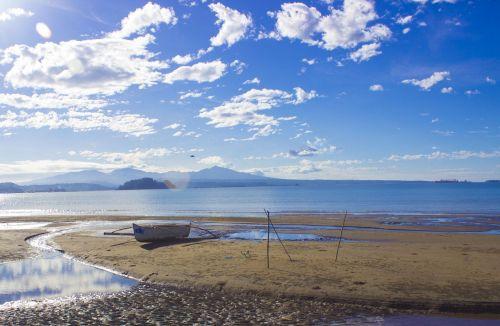 krantinė,debesys,mėlynas dangus,valtis,jūra,jūros krantas,Krantas