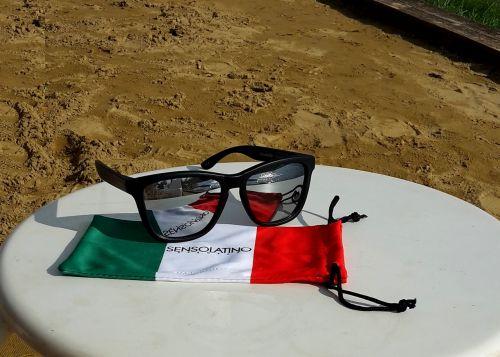 sensolatino,akiniai nuo saulės,akiniai,akiniai,vasara,saulė,atostogos,mada,jaunas,saulės akiniai,apsauga,aksesuaras,akių akiniai,atspalvių