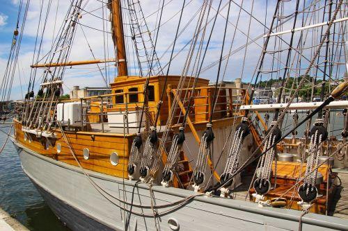 laivas,burinė valtis,burinė valtis,valtis,jūra,buriu,jachta,vanduo,kelionė,vandenynas,burlaivis,vasara,jūrinis,laivas,gabenimas,kruizas,vėjas,buriavimas,jūrų,stiebas,buriavimas,plaukiojimas,lynai,nuotykis,laisvalaikis,lauke,įranga