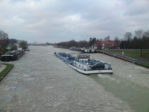 Laivas, Kanalas, Ledas, Žiema, Vanduo, Sušaldyta, Dortmund Ems Kanal, Münsteris, Westfalen, Ledas, Ledas, Oras, Žiemą, Šaltas