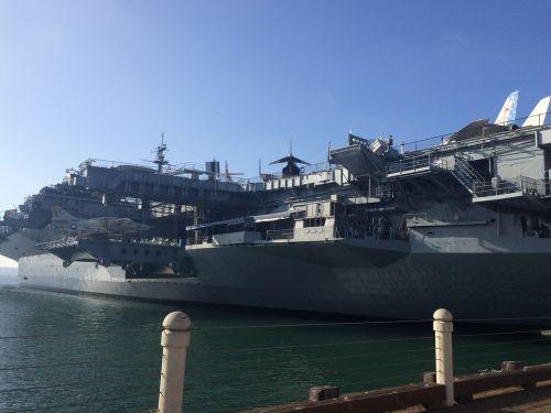 laivas,mus jūros,jūrų,vandenynas,jūra,valtis,karinis jūrų laivynas,kariuomenė,vanduo,laivas,uostas,karo laivas,gabenimas,karinis jūrų laivynas,jūrinis,mūšis,transportas,prieplauka,usa,metalas,pilka,mėlynas