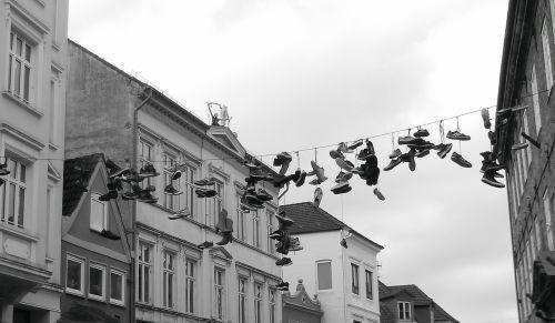 avalynė,kelias,sportiniai bateliai,flensburgas,priklausyti,gag,linksma,pakabukas,pakabinti