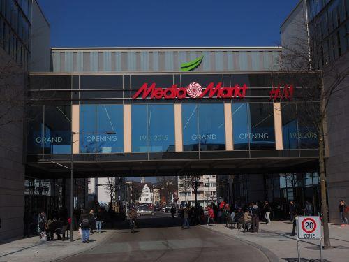 prekybos centras,apsipirkimas,prekybos centras,prekybos centras,prekybos centras,mažmeninės prekybos parduotuvės,aptarnavimo punktai,sektoriai,Media Markt,h m,stiklo fasadas,tiltas,perėjimas,stiklo takas,glacio galerija