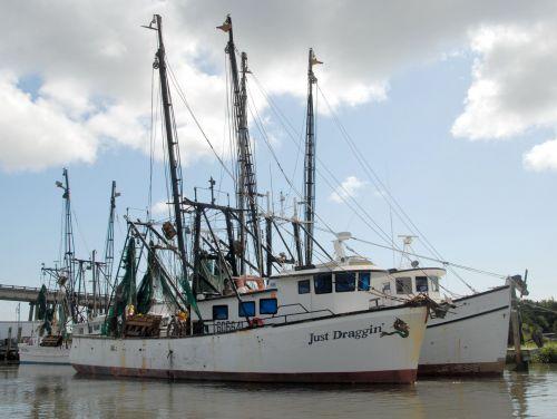 krevetės & nbsp, valtys, valtys, žvejyba, netters, industrija, lauke, upė, tybee & nbsp, sala, Gruzija, kraštovaizdis, sūrus vanduo, pakrantė, verslas, krevetės valtys pririštos