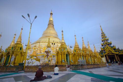 shwedagon pagoda,Jangonas-Mianmaras,mianmaras