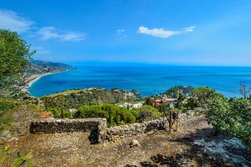 sicilija,pakrantė,vasara,italy,Taormina,kranto,Viduržemio jūros,jūra,atostogos,saulėtas,kelionė,vaizdingas,Krantas,papludimys,isola bella,sicilija,peizažas,kraštovaizdis,turizmas