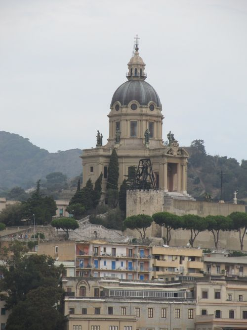 sicilija,katedra,italy,architr,architektūra,bažnyčia,orientyras,žinomas,senovės,bokštas,viduramžių,katalikų,kelionė,religija,bazilika,sicilija,ekskursijos,vasara,mėlynas,katalikybė,romėnų,paminklas,pastatas,miestas,Miestas